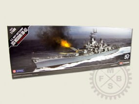 USS MISSOURI BB-63 / 1:400