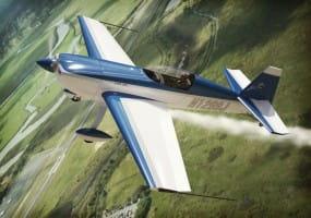 Extra EA-300L-330LC / 1:72