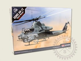 "USMC AH-1Z ""Shark Mouth"" / 1:35"