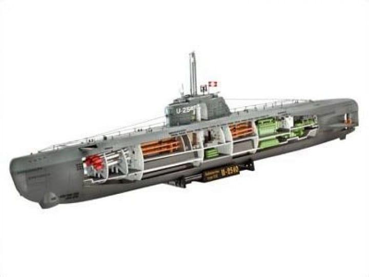 Revell U-Boot Typ XXI U 2540 & Interieur / 1:144