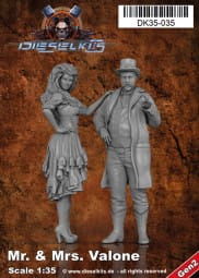 Mr. and Ms. Valone - Steam Punk Characters / 1:35