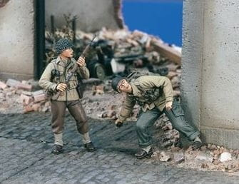 1673-us-wwii-streetfighters-2-figures